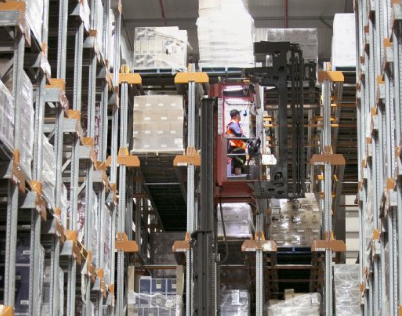 Toyota Material Handling helps wine company with space limitations