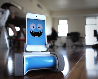 Meet Romo – a mini robot powered by your iPhone