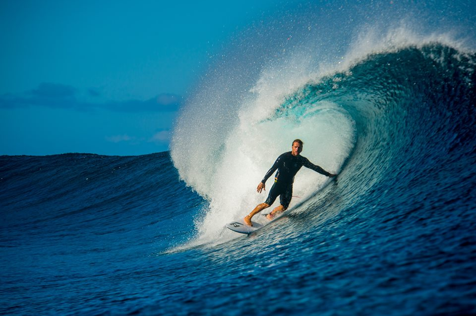 Billabong nearing a new refinancing deal as financial results continue to slide into the red