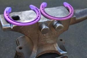 3D printed titanium horseshoe  Image credit: CSIRO