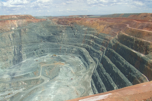 Australia's Super Pit gold mine given an 8-year life extension