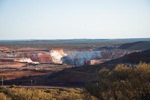 Open cast gold mine, Mount Magnet, Western Australia Image credit: flickr User:  PhillipC