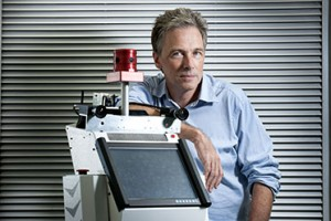 Professor Peter Corke leads the new $19 million ARC Centre of Excellence in Robotic Vision. Image: QUT website
