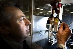 Professor Dietmar Hutmacher with a 3D-printed scaffold Image credit: www.qut.edu.au