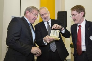"""""""Professor Matthew Colless (centre) presents a 3D printed model of the Giant Magellan Telescope to the Minister for Industry, Hon Ian Macfarlane (left) as ANU Vice Chancellor Professor Ian Young looks on."""" Image credit: Australian National University"""