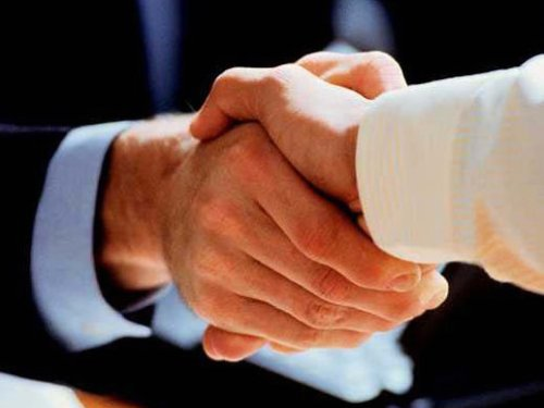 Australia and Japan sign free trade agreement