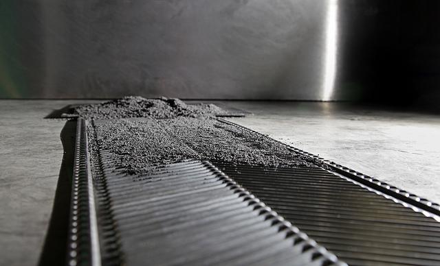 Titanium sheet from powder Image credit: flick user: Oak Ridge National Laboratory