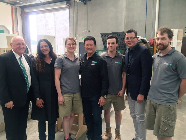 Premier Andrews announces $9m support for Victorian apprentices and trainees