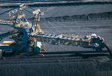 Queensland cuts red tape to progress Adani mine project