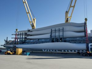 The first shipment of wind turbines destined for White Rock Wind Farm Image credit: www.whiterockwindfarm.com
